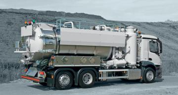 KOKS ECOVAC RDR - Tlakové/sací nákladní vozidlo s jímacím zařízení emisí