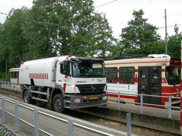 Rail-/reinigingsvoertuig